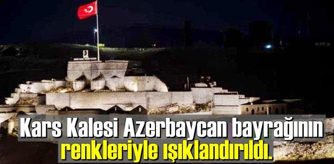Kars Kalesi'ndeki Azerbaycan Bayrağı